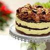 Chocolate shavings topped cake HD wallpaper