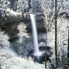 Wonderful waterfall in winter HD wallpaper