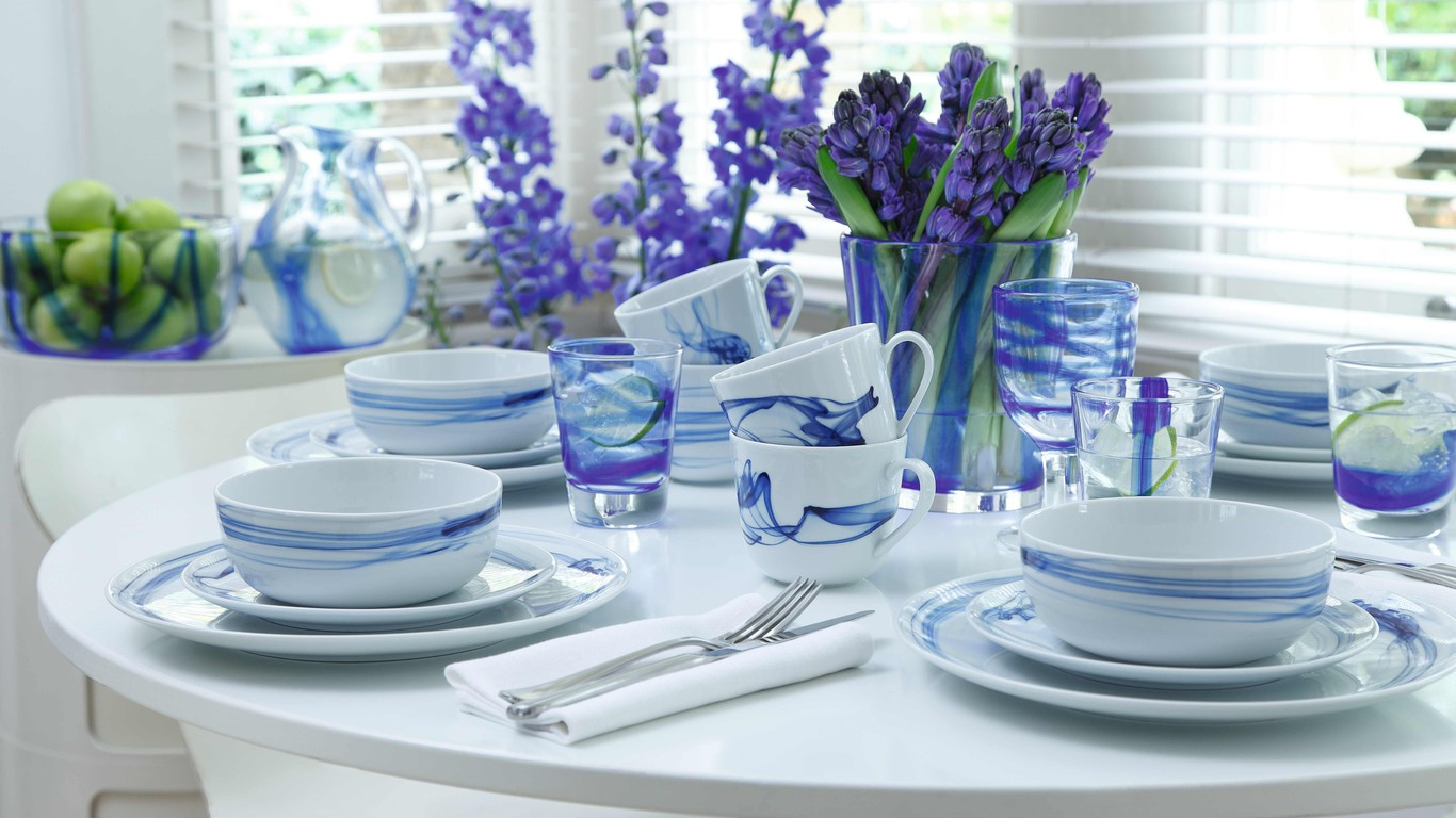 beautiful-table-decoration-1366x768-wall