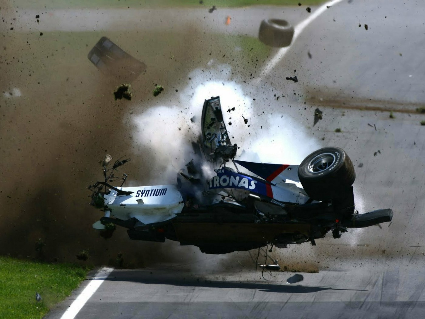 download formula 1 crashes - photo #4