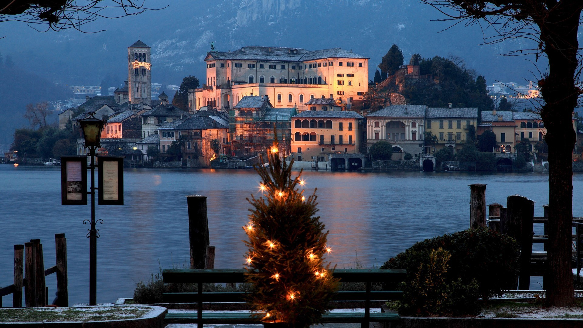 Christmas italy wallpaper 4996 pc en for Wallpaper italia