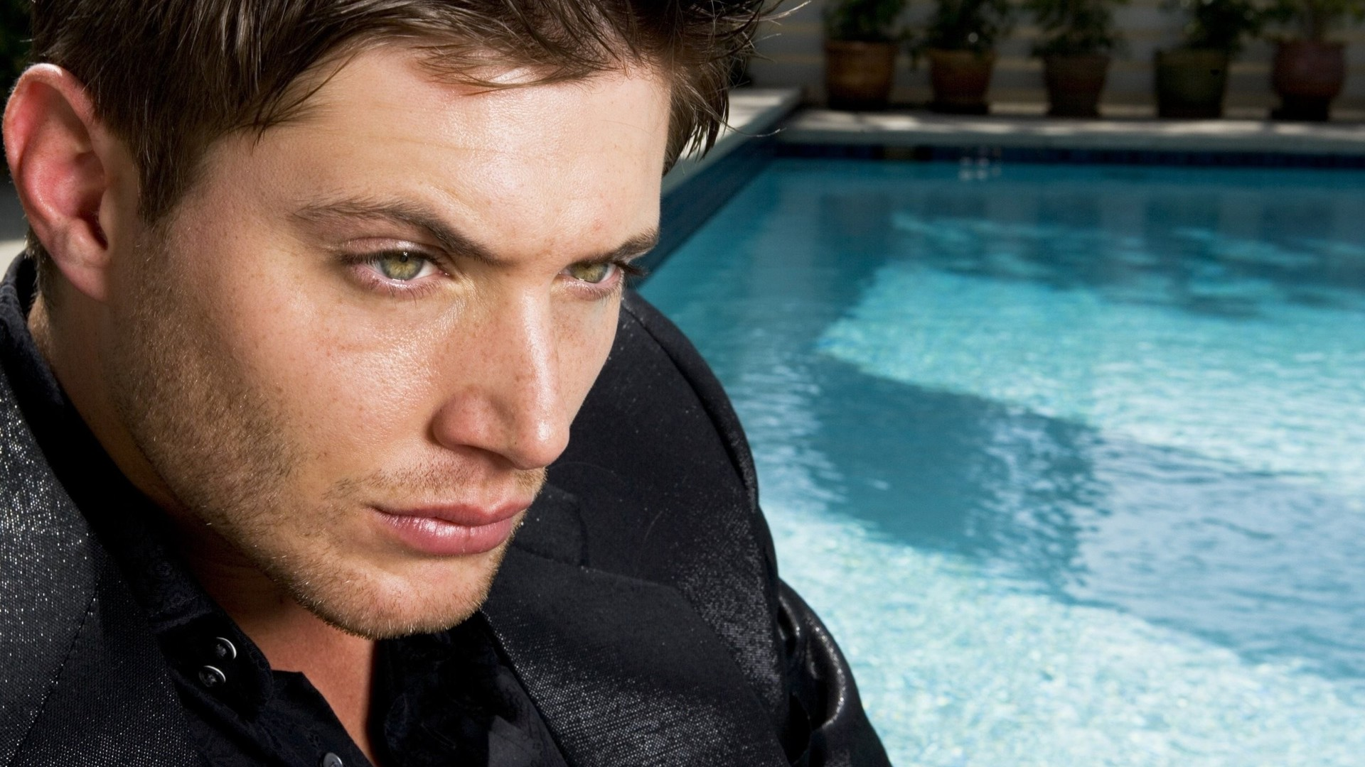 Mobile Sam And Dean Winchester Pictures - Widescreen