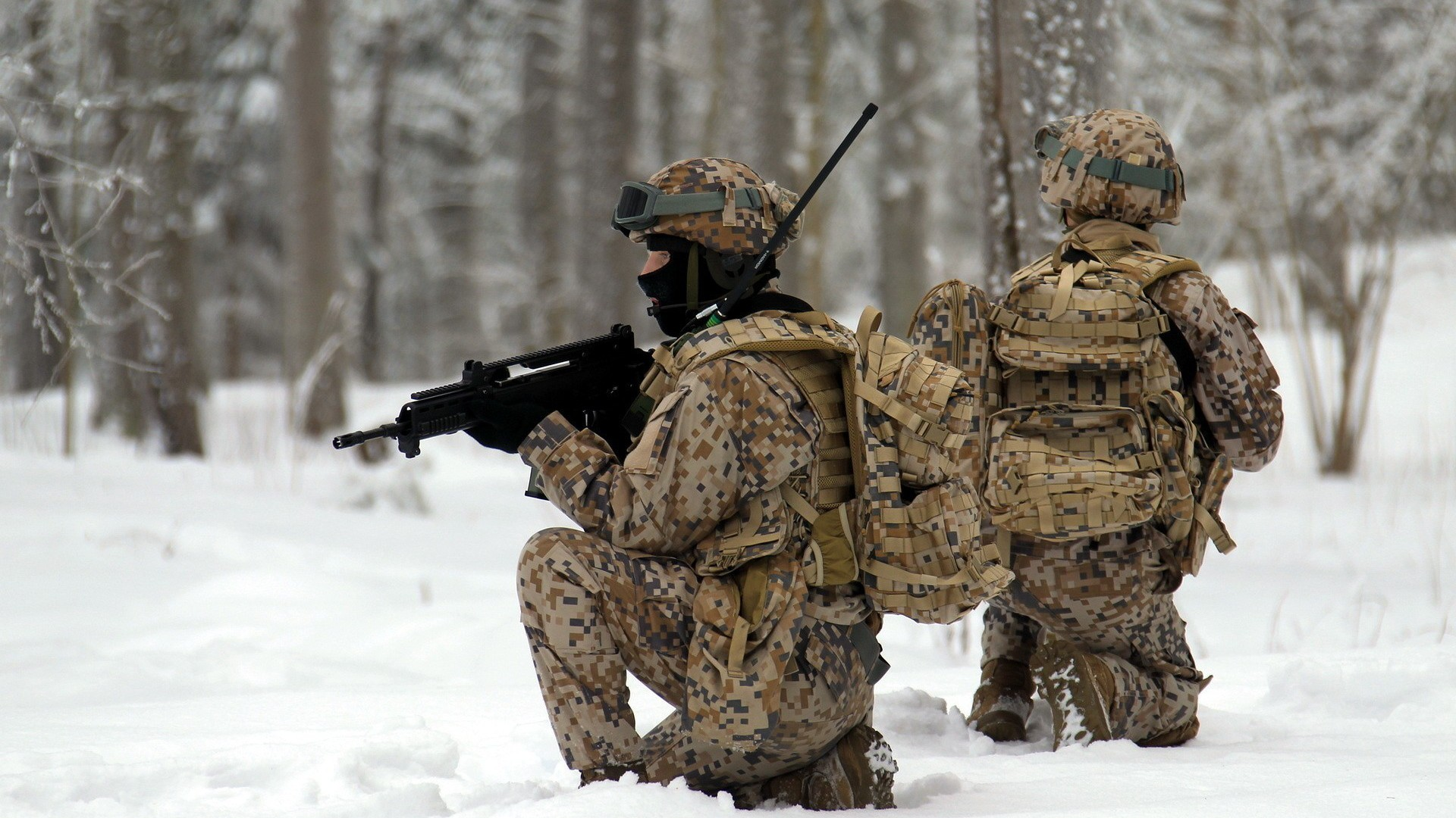 Soldiers snow military wallpaper 8555 pc en - Military wallpaper army ...