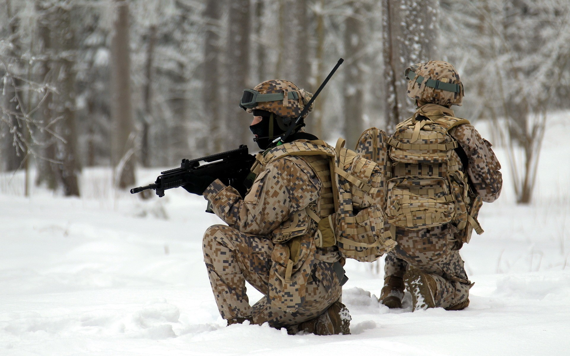 Soldiers snow military wallpaper