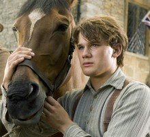 Films chevaux affiches guerre cheval Jeremy Irvine  HD wallpaper