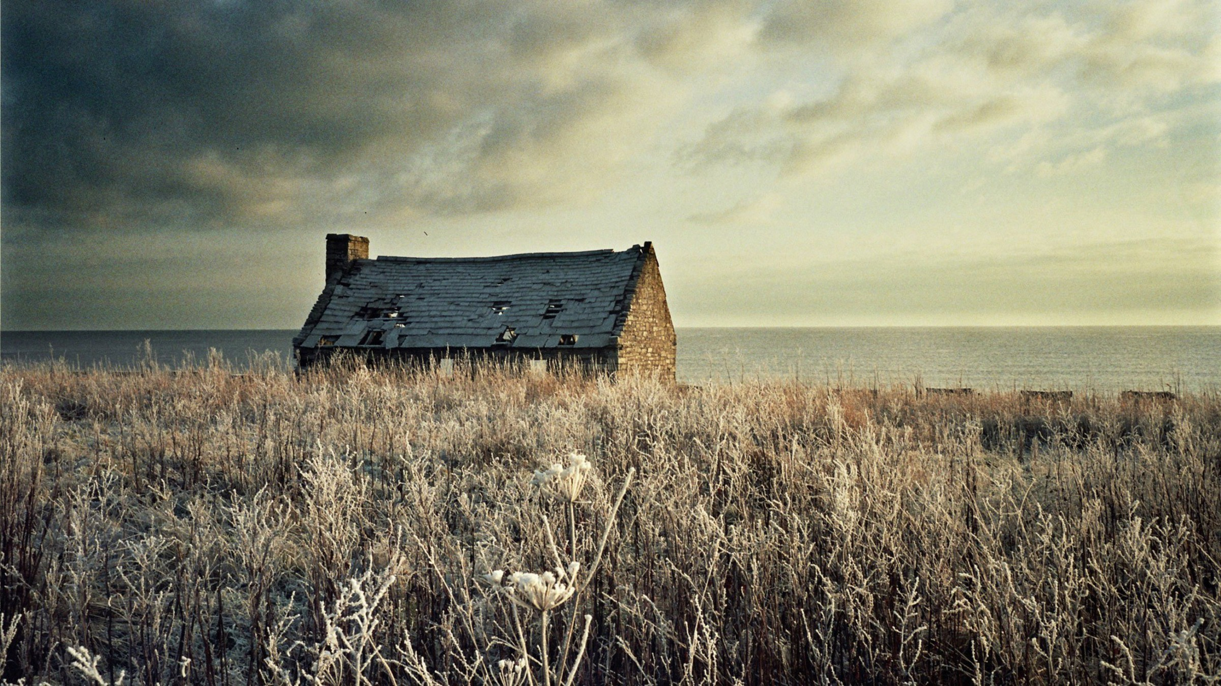 Houses frozen ruin sea wallpaper 14484 for Classic house music albums