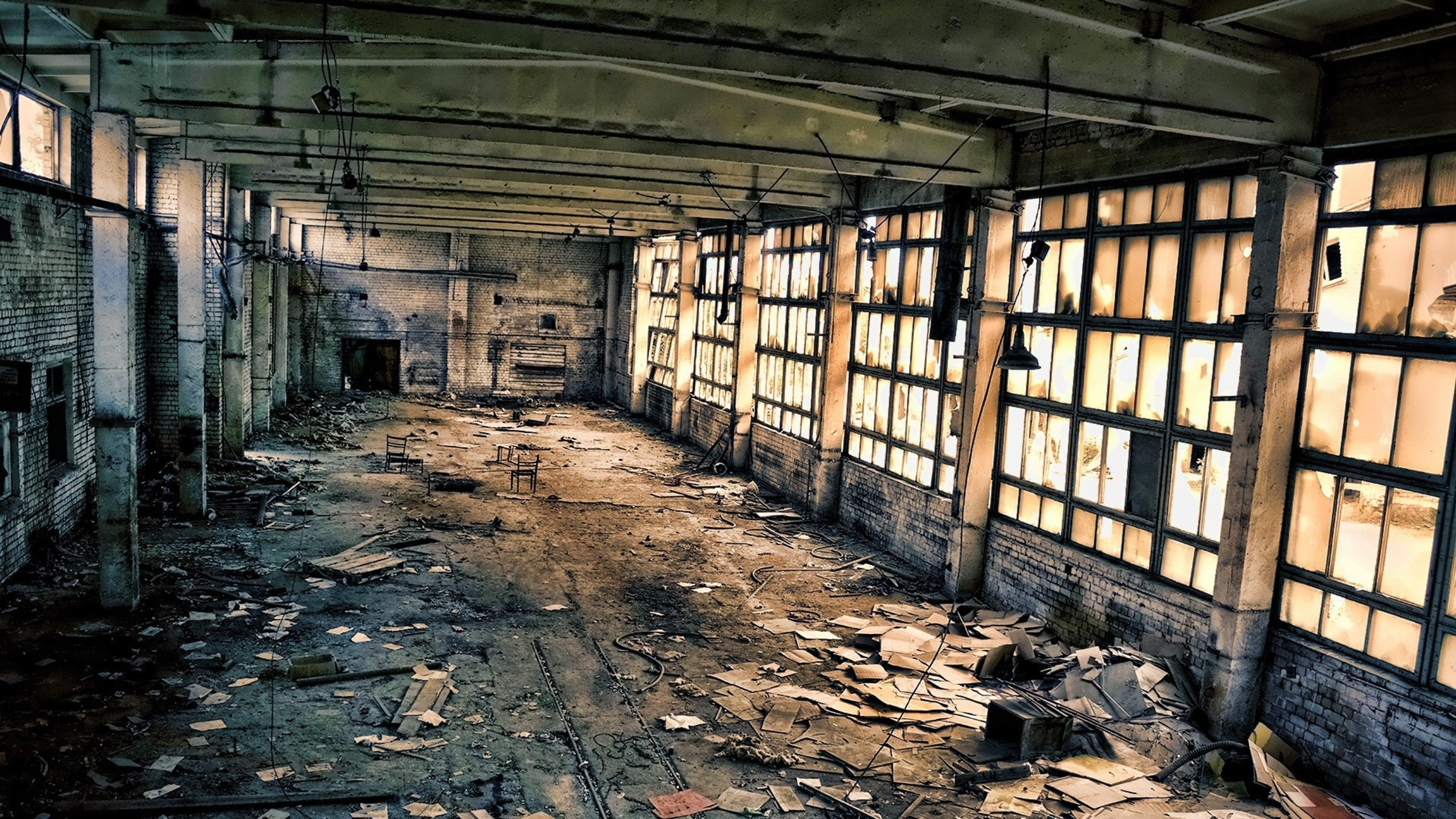 Abandoned warehouse wallpaper 7024 pc for Wallpaper retailers