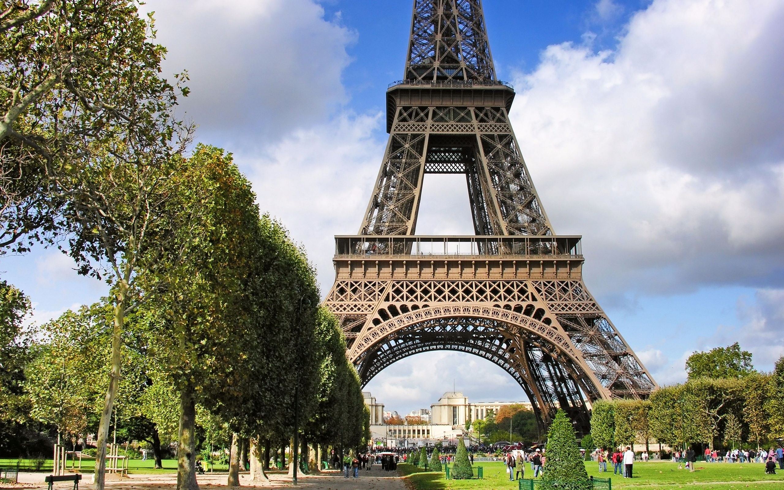 Eiffel Tower Paris Wallpaper Allwallpaper In 12502 Pc En