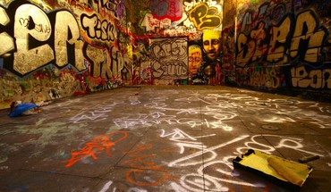Graffiti HD wallpaper