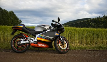 Fields motorbikes aprilia rs125 HD wallpaper