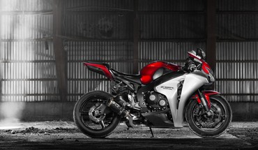 Honda motorbikes cbr1000rr HD wallpaper