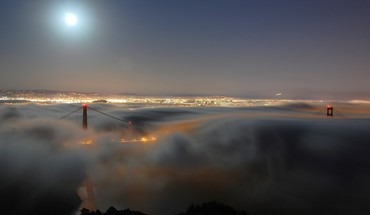 Fog over golden gate bridge HD wallpaper