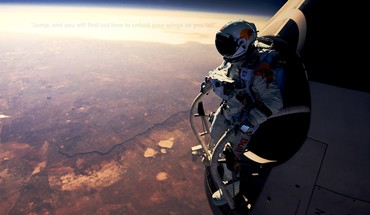 Felix baumgartner red bull space suits stratosphere HD wallpaper