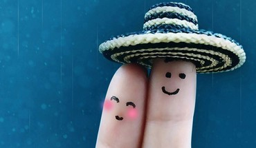 Love fingers HD wallpaper