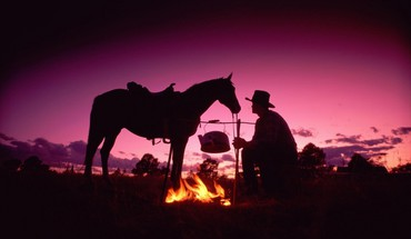 Silhouette cowboys HD wallpaper