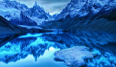 Mountains cold lakes HD wallpaper