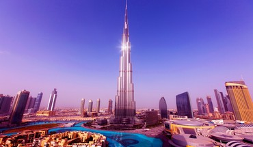 World tallest tower burj khalifa in dubai HD wallpaper
