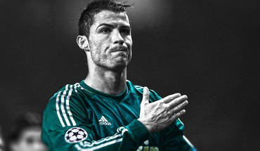 Sutvertas Real Madrid CF CR7 futbolininkas  HD wallpaper