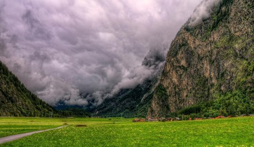 Gorgeous clouds in the valley hdr HD wallpaper