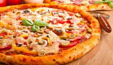 Food pizza vegetables HD wallpaper