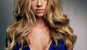 Blondes moterų Denise Richards  HD wallpaper