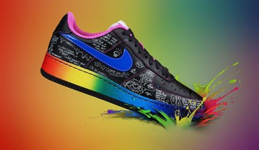 Nike multicolor shoes HD wallpaper