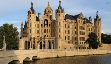 Schwerin castle cityscapes HD wallpaper