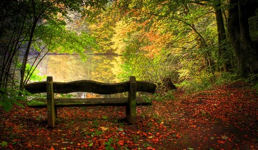 Autumn park HD wallpaper