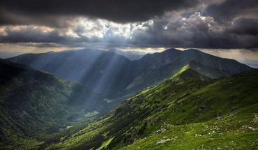 Heavenly light over balkan mountains HD wallpaper