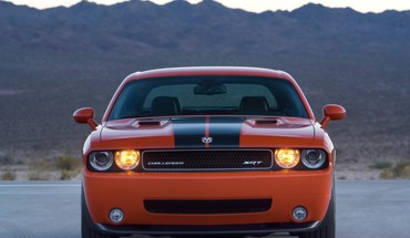 2008 dodge challenger srt8 front headlights HD wallpaper