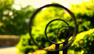 Nature circles depth of field railing HD wallpaper