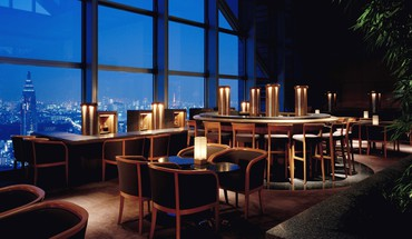 Bar lounge in a skyscraper HD wallpaper