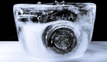 Cameras frozen ice HD wallpaper