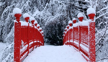 Bridges red snow trees winter HD wallpaper