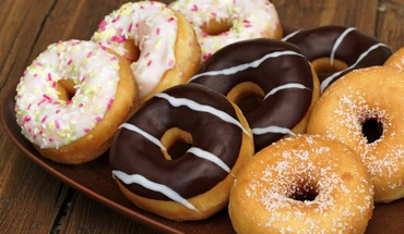 Food donuts sprinkles sweets HD wallpaper
