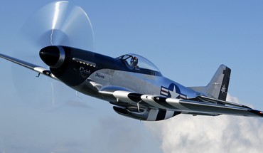 Aircraft warbird p-51 mustang HD wallpaper