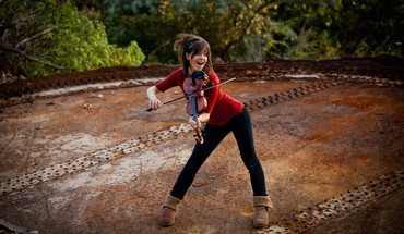 Lindsey stirling brunettes musicians violinist HD wallpaper