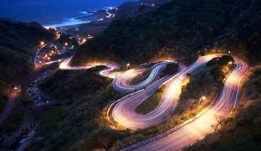 Beautiful night road HD wallpaper