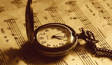 Pocket watch HD wallpaper