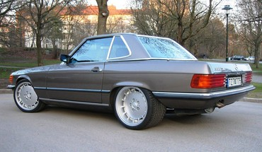 Giant rims mercedes benz 300 HD wallpaper