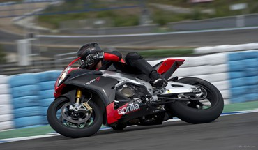 Aprilia usine de RSV4 motos APRC  HD wallpaper