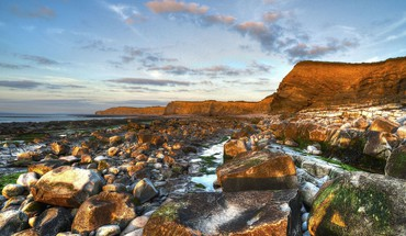 Rocky coastline hdr HD wallpaper