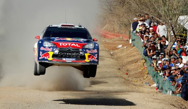 Citroen c4 sébastien loeb car jump racing HD wallpaper