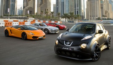 Tuned города Nissan Juke-R Lamborghini Gallardo LP560-4  HD wallpaper