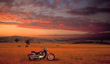coucher de soleil motos Honda ombres  HD wallpaper