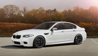 Bmw m5 f10 cars rims trees HD wallpaper