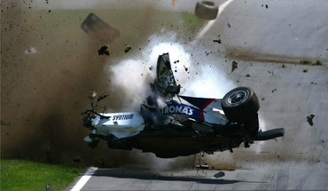 F1 car crash HD wallpaper