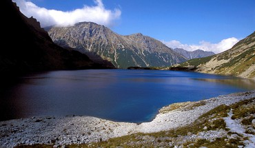 Czarny staw in tatra national park poland HD wallpaper