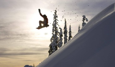 Catching air on mount baker washington HD wallpaper