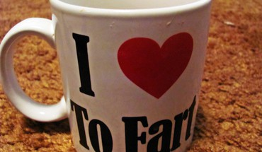 Funny fart mug HD wallpaper